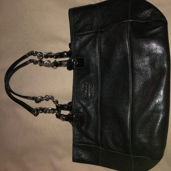 Coach Handbags - Black Coach purse with silver chain link on straps